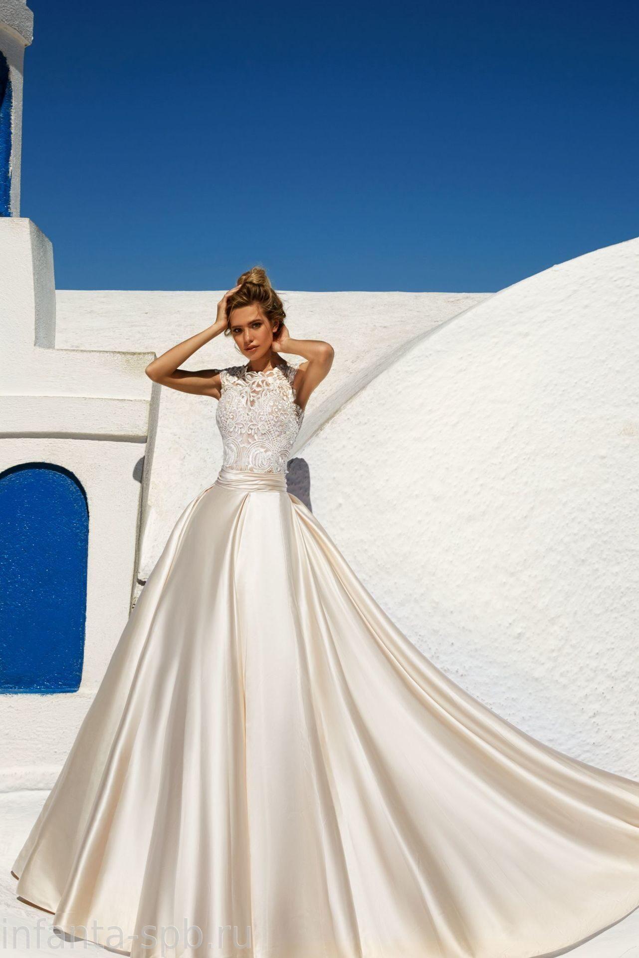 00e1541e374 Свадебное платье расшитое кружевом с отслегивающейся юбкой