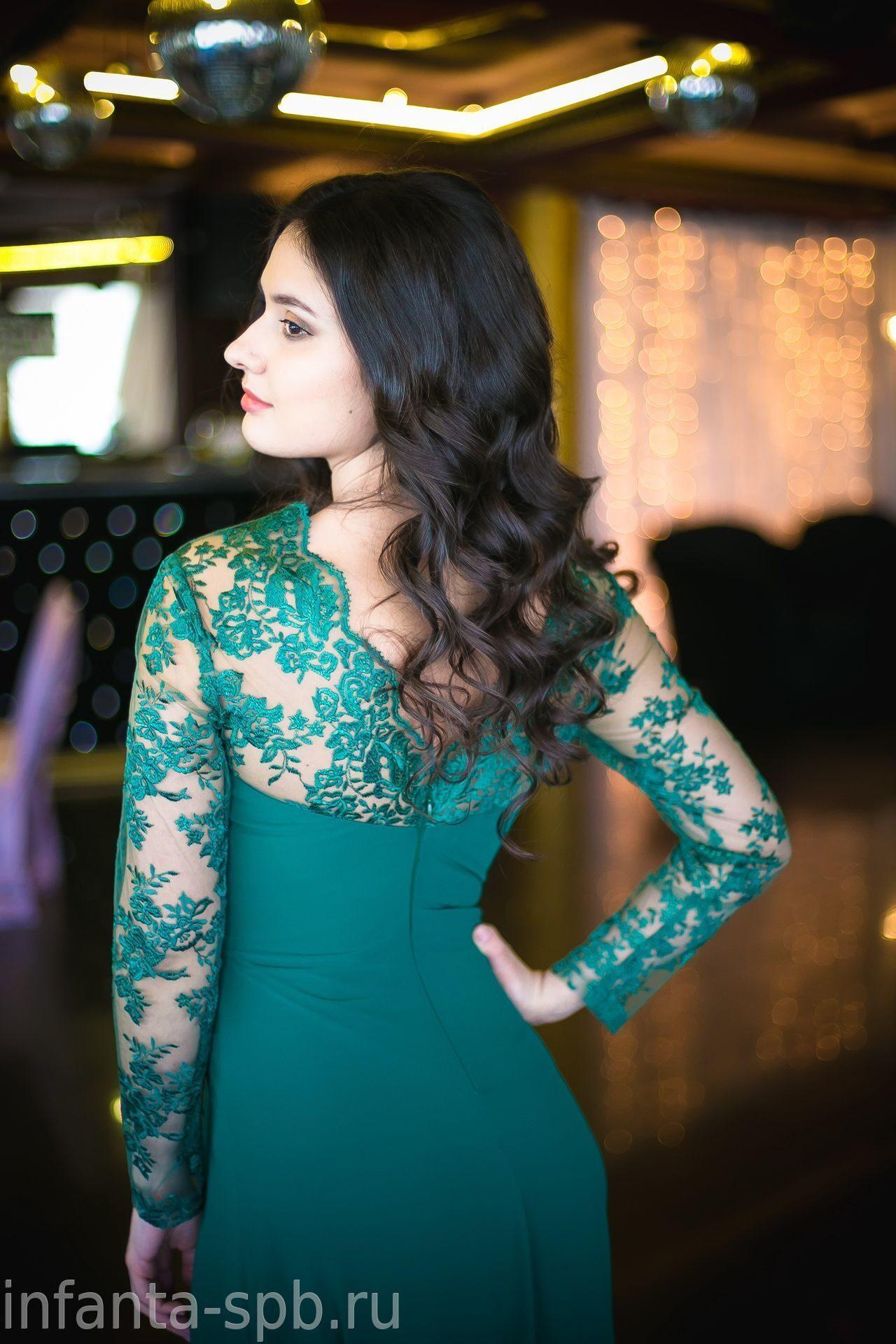 377107b8093 Вечернее платье в пол с кружевными рукавами