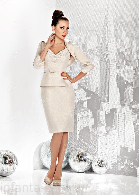 Стильные женские костюмы 2013