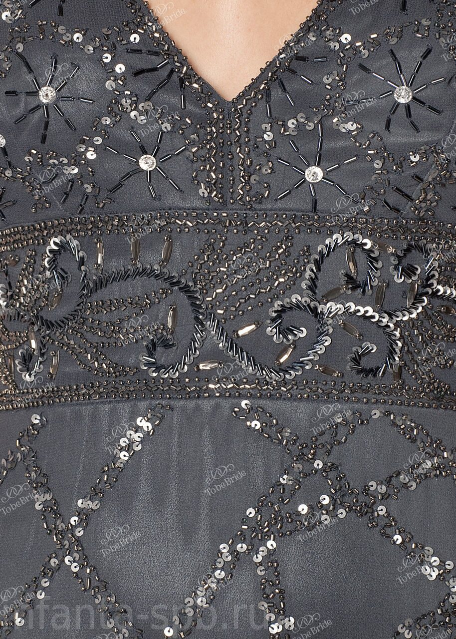 Как украсить платье бисером и пайетками фото