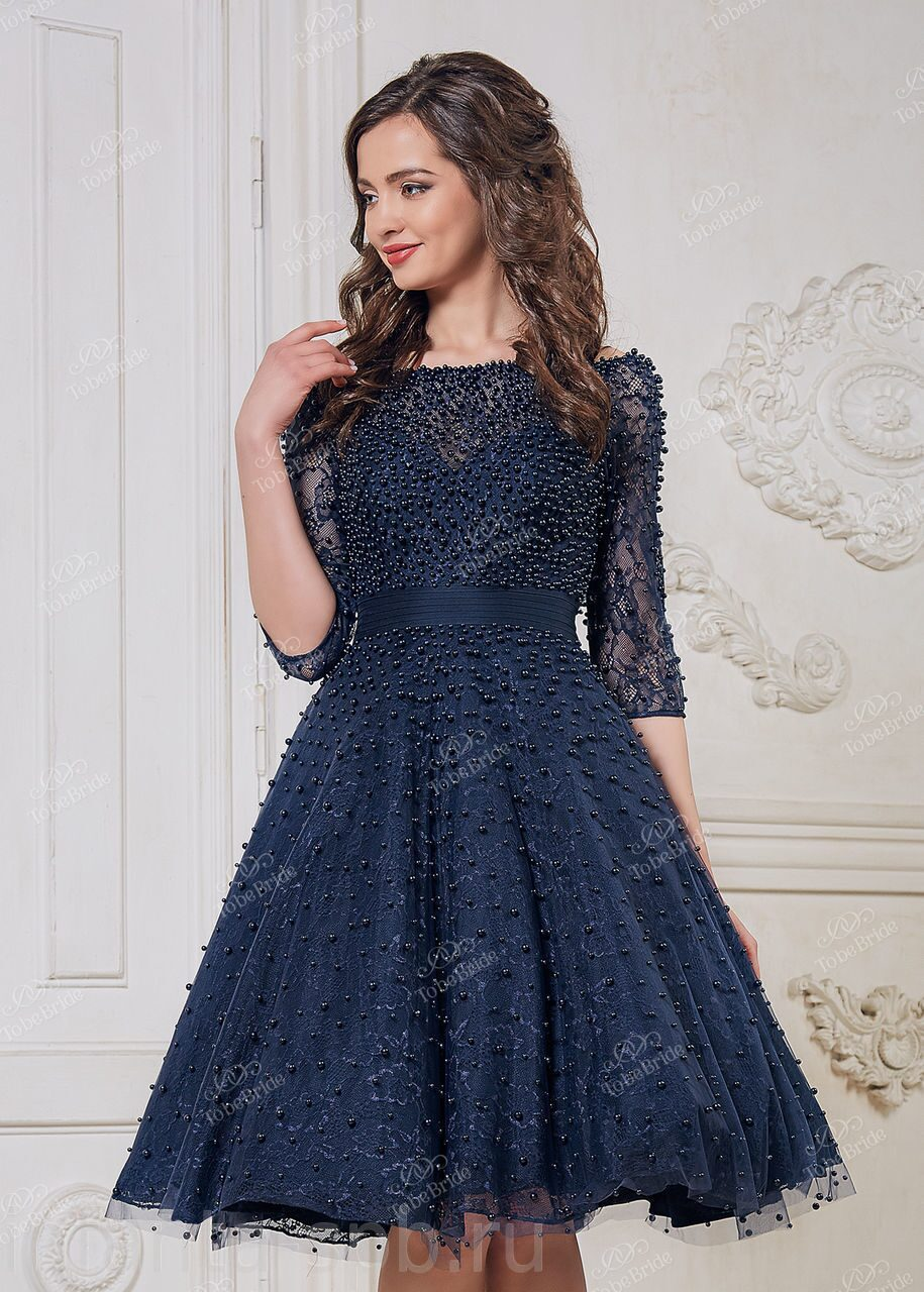 c97a58207cb Коктейльное платье с открытыми плечами и пышной юбкой