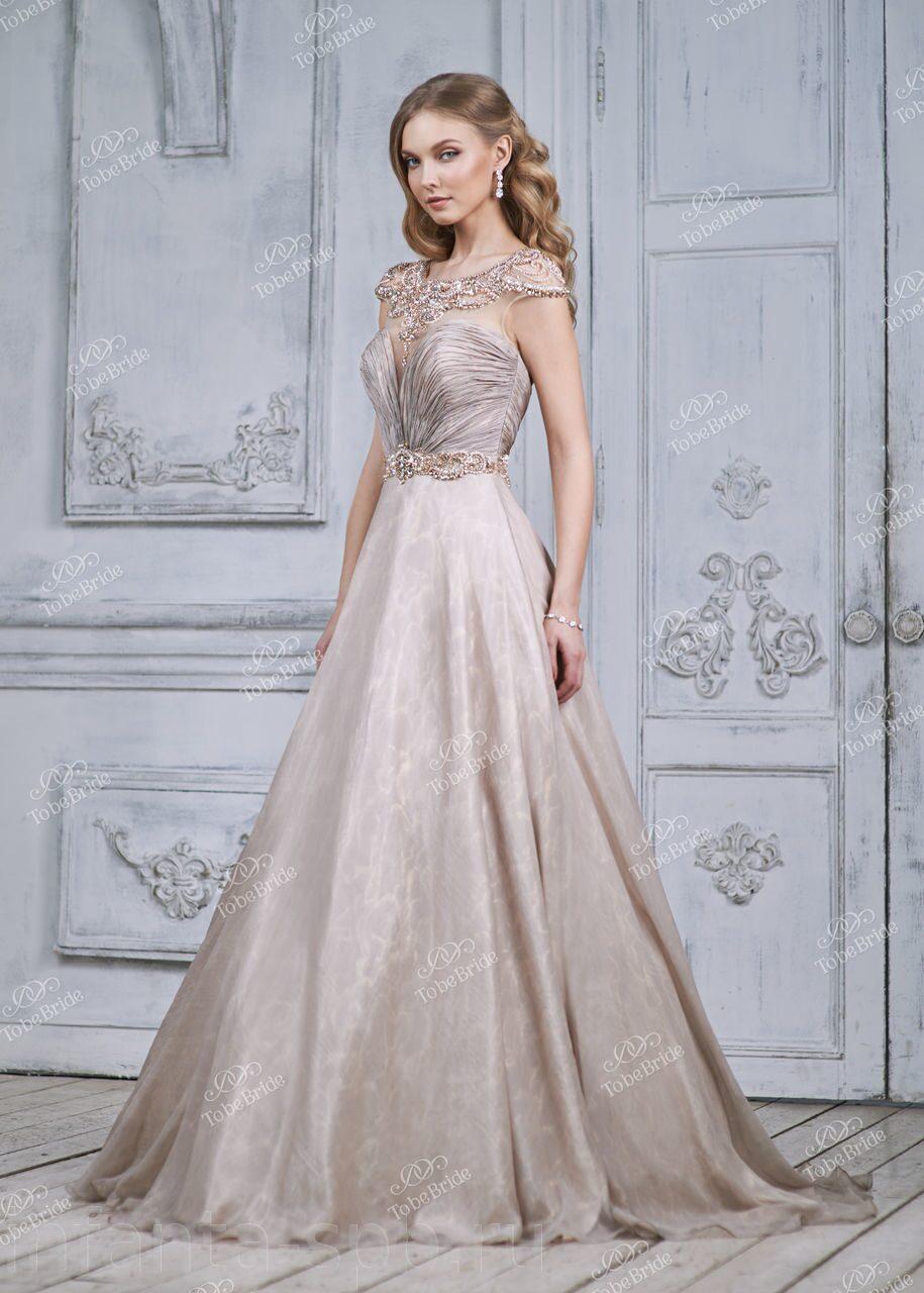 3e0376ca3a8 Пышное вечернее платье с поясом расшитым искусственным жемчугом