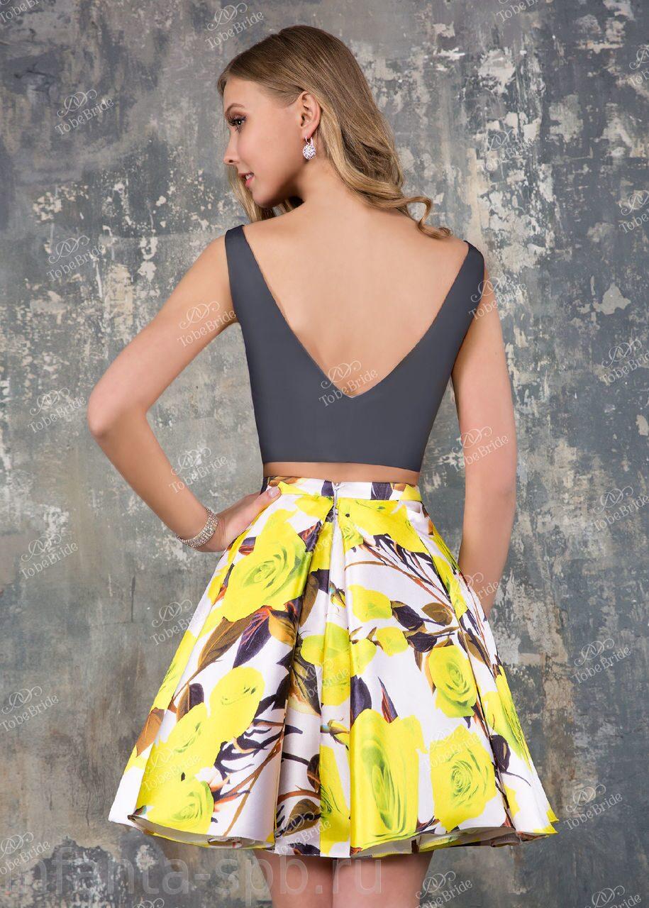 d7081ae3f63 Кроп-топ и пышная юбка на выпускной купить