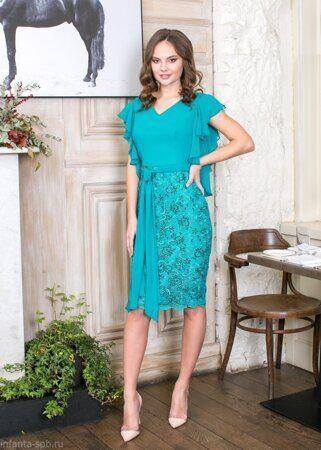 09f61bd8620 Нарядное платье-чехол с летящими рукавчиками